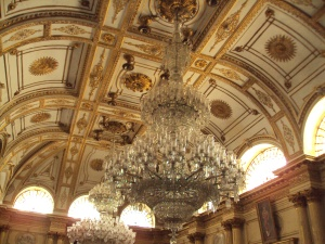 Golden Darbar Hall with 8 Ton Chandelier
