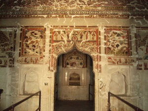 Ceiling & Walls of Queen's Room in Raja Mahal