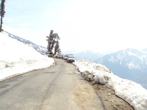 Manali - Leh Highway via Rohtang Pass