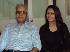 With Mrunal Thakur / Gauri Bhosle