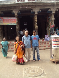 Picture taken in 2012 at RAGHU [ RAHU ] Temple : My wife , son , sister & Brother - in - Law