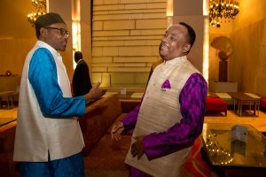 President Muhammadu Buhari of Nigeria with President Mahamadou Issoufou of Niger